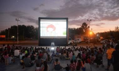 Cine abierto en San Esteban