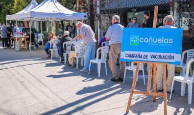 El Municipio vacunó a mayores de 65 años en la zona bancaria