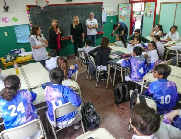 Ayuda municipal a institución educativa