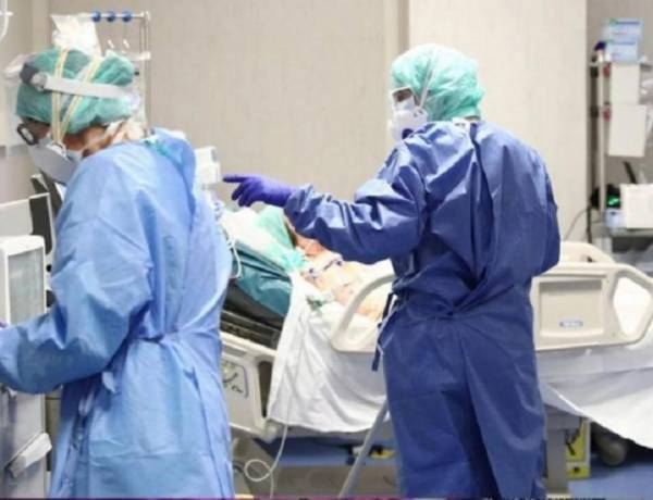COVID-19: aíslan a un paciente de Udaondo de 70 años