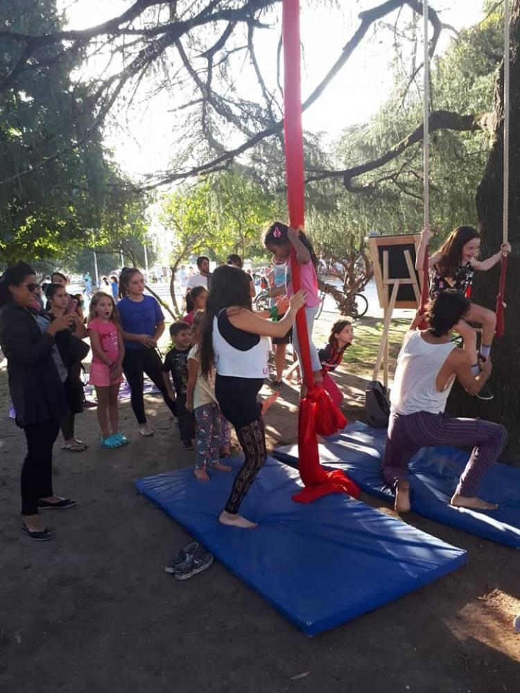 """La """"Feria de Mujeres"""" albergó  a dos mil personas"""