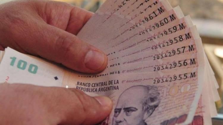 La intendenta Marisa Fassi otorgó un bono de 4.500 pesos para sus empleados