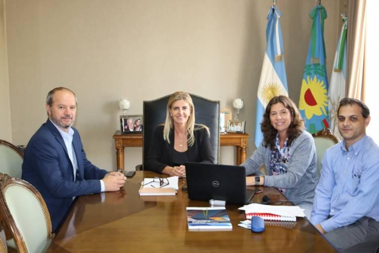 El Municipio priorizó el pedido de dársenas de accesos en Uribelarrea y República Oriental del Uruguay