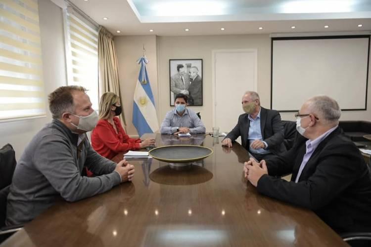 La intendenta se reunió con el presidente de Trenes Argentinos