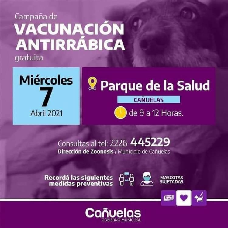 Vacunación antirrábica en el Parque de la Salud