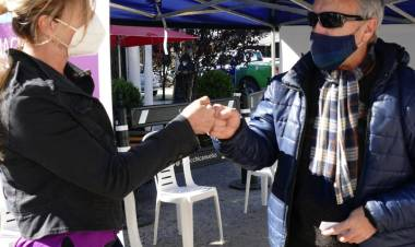 Operativo de vacunación antigripal en la Plaza San Martín