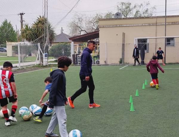 Se inicia la actividad de la escuela municipal de fútbol