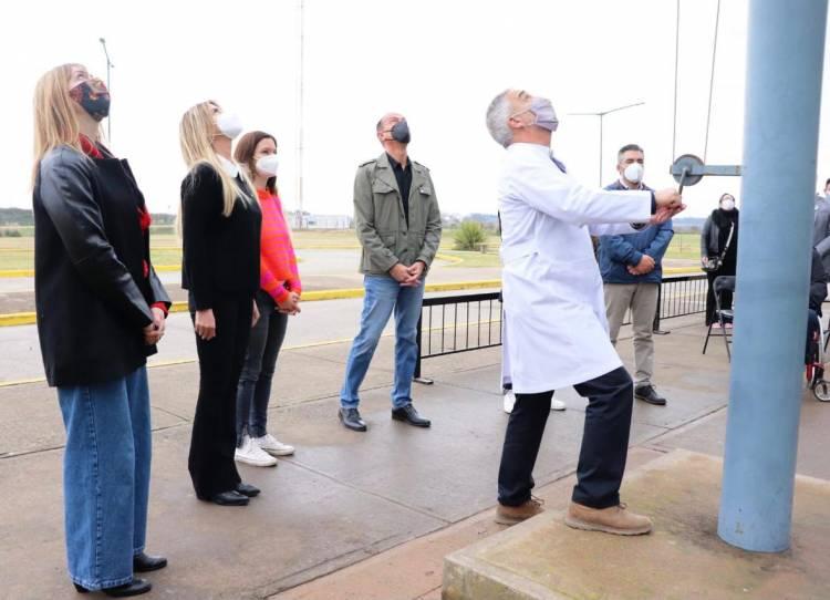 La independencia se celebró con un acto en el Hospital Néstor Kirchner