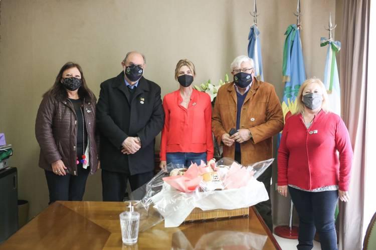 Marisa Fassi mantuvo una reunión con el director del proyecto de Medialuna Oftalmológica del Club de Leones